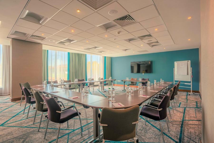 Oxford Meeting Room
